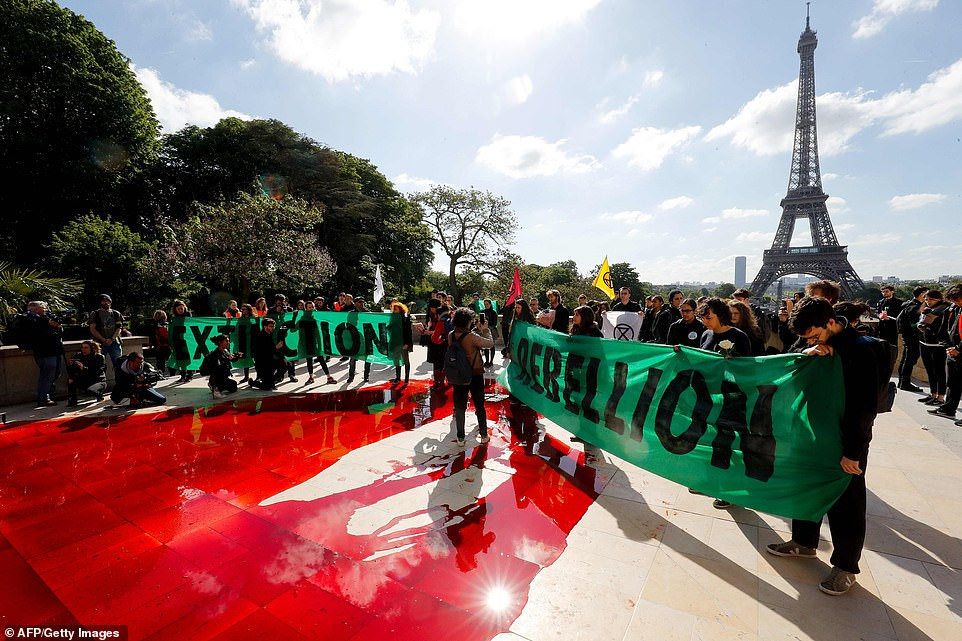 Extinction Rebellion protest in Paris
